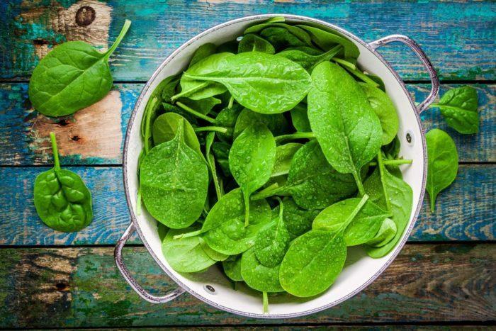 употребление шпината увеличивает содержание мочевой кислоты
